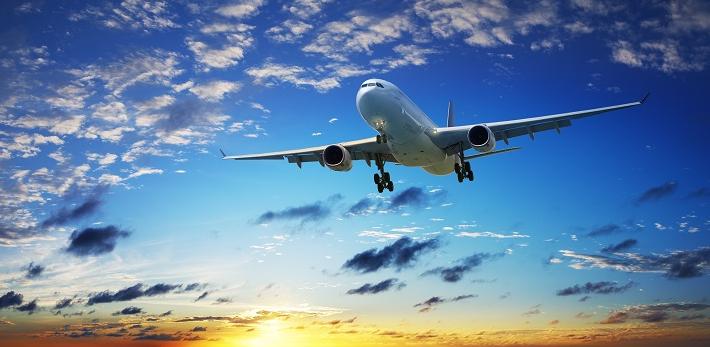 Вице-министр по инвестициям спрогнозировал скорое падение цен на авиабилеты