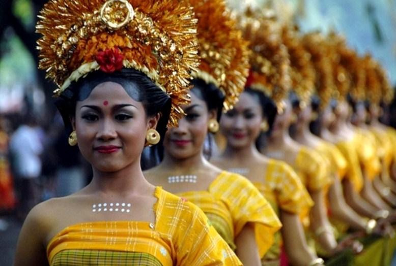 Фото сексуальные традиции индонезии